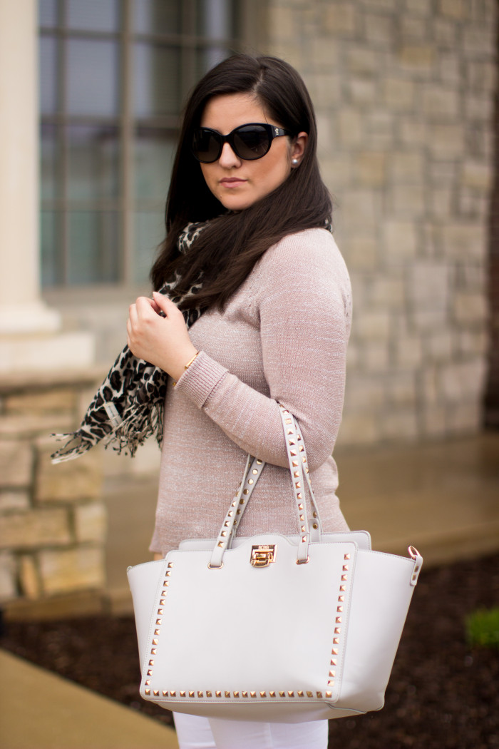 white jeans, leopard scarf, blush top, experess jeans, bcbg handbag, blogger fashion, spring outfit idea