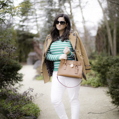 how to style a green striped sweater