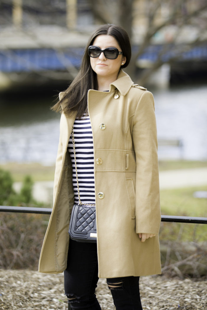 simple and stylish outfit idea for spring, beige coat, stripe top, black jeans