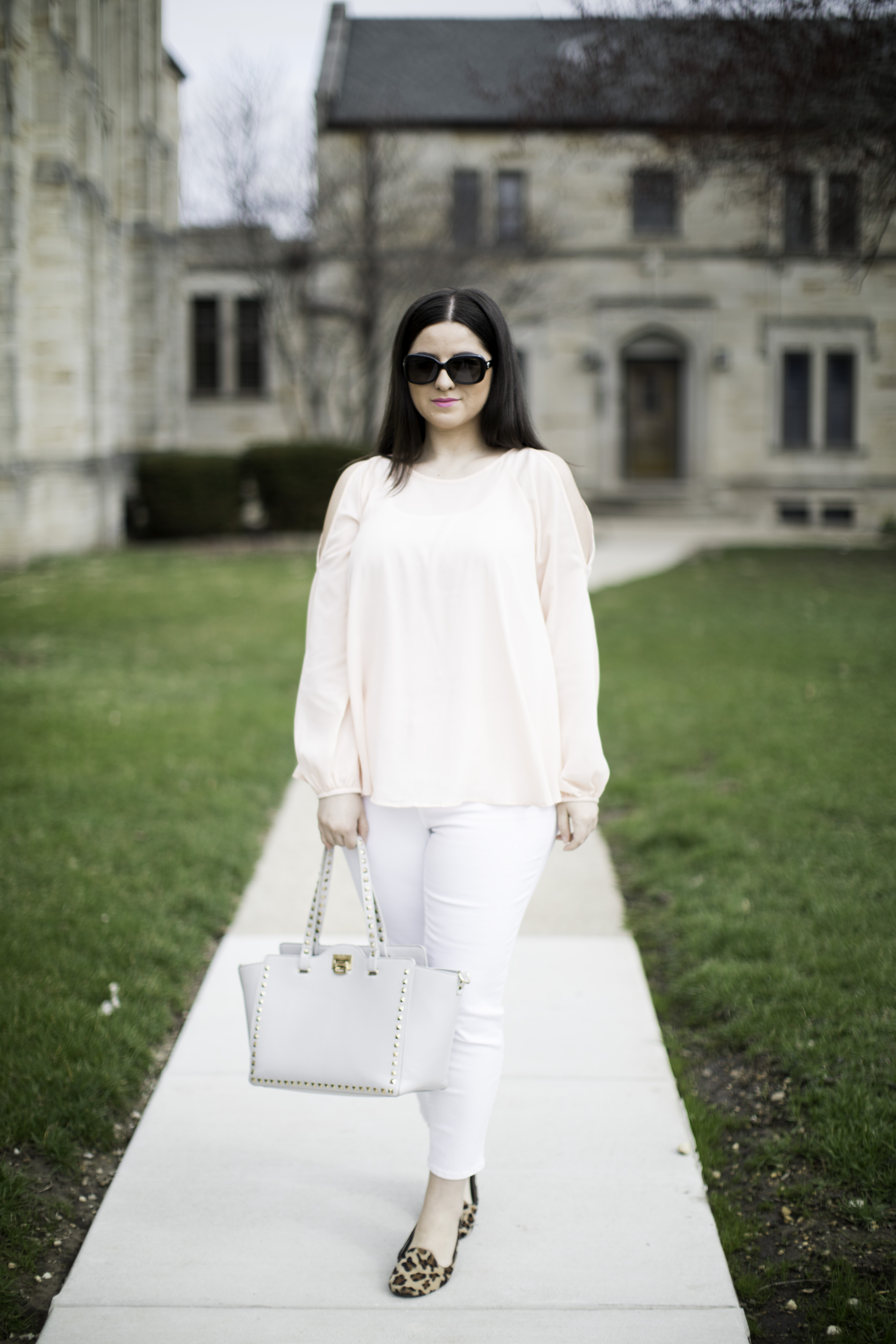 blush blouse with white jeans, amazon womens fashion, bailylamb