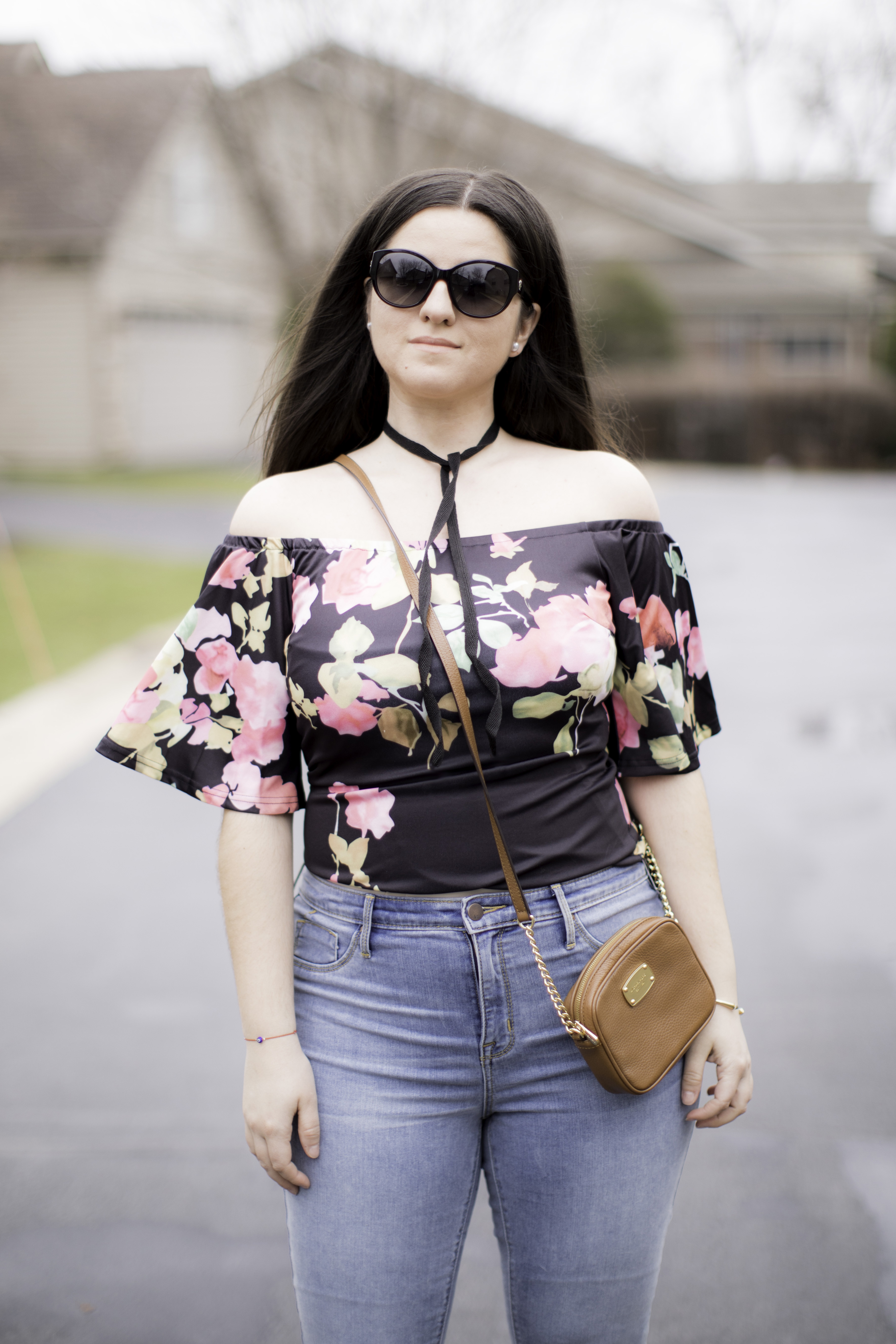 How to style an off the shoulder top for a date night, floral top, skinny high waist jeans, bailylamb, chicagoblogger, rockfordblogger
