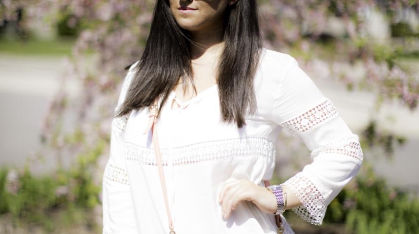 white beach tunic. amazon womens fashion, espadrille wedges, Baily Lamb, chicago fashion blogger
